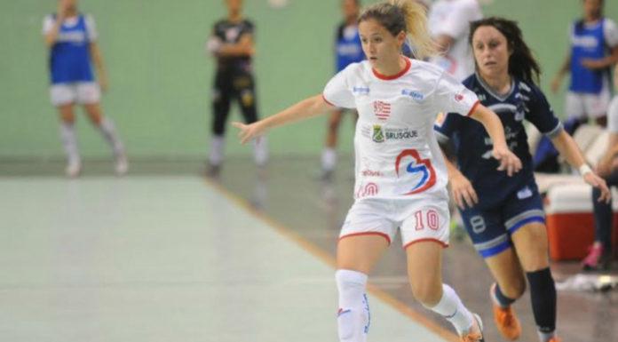 72c9c0155b2e Brazil s Amandinha Shines as Best Female Futsal Player in the World